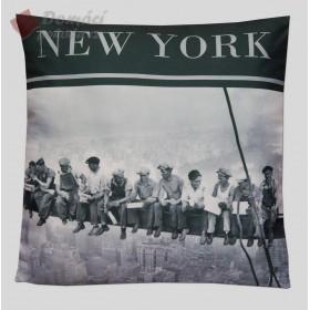 Polštářek N.Y. Steelworkers - 40x40 cm s výplní